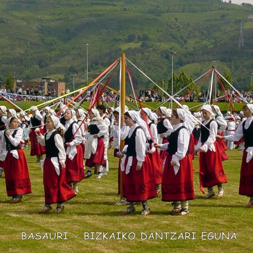 1_DANTZARI-EGUNA-BASAURI-2